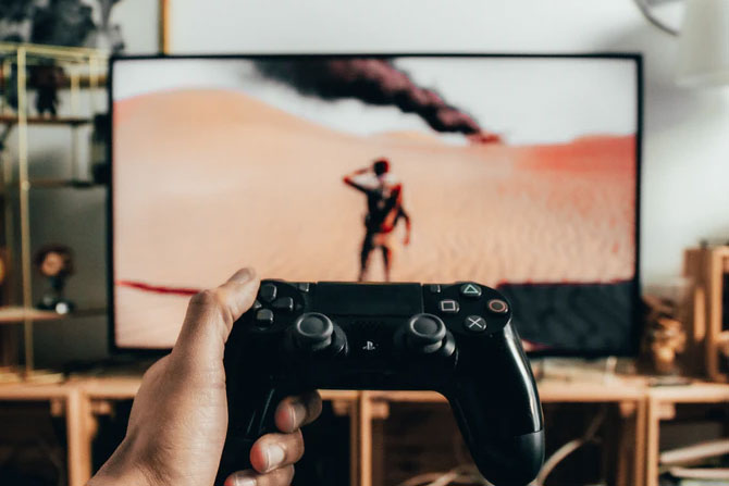 featured image Learn About the Latest Trends in Game Development Cross platform gaming - Learn About the Latest Trends in Game Development